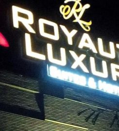 Royaute Luxury – Suites & Hotel